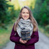 FourWinds | Caroline Keane Concertina small biog