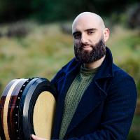 FourWinds | Robbie Walsh Bodhran small biog